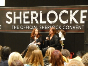 Naomi de Cumberbatchweb et Claire Pritchard-Jones.