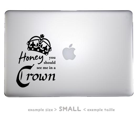 REGLES Mcbook pro 32 x 22 crown (1)